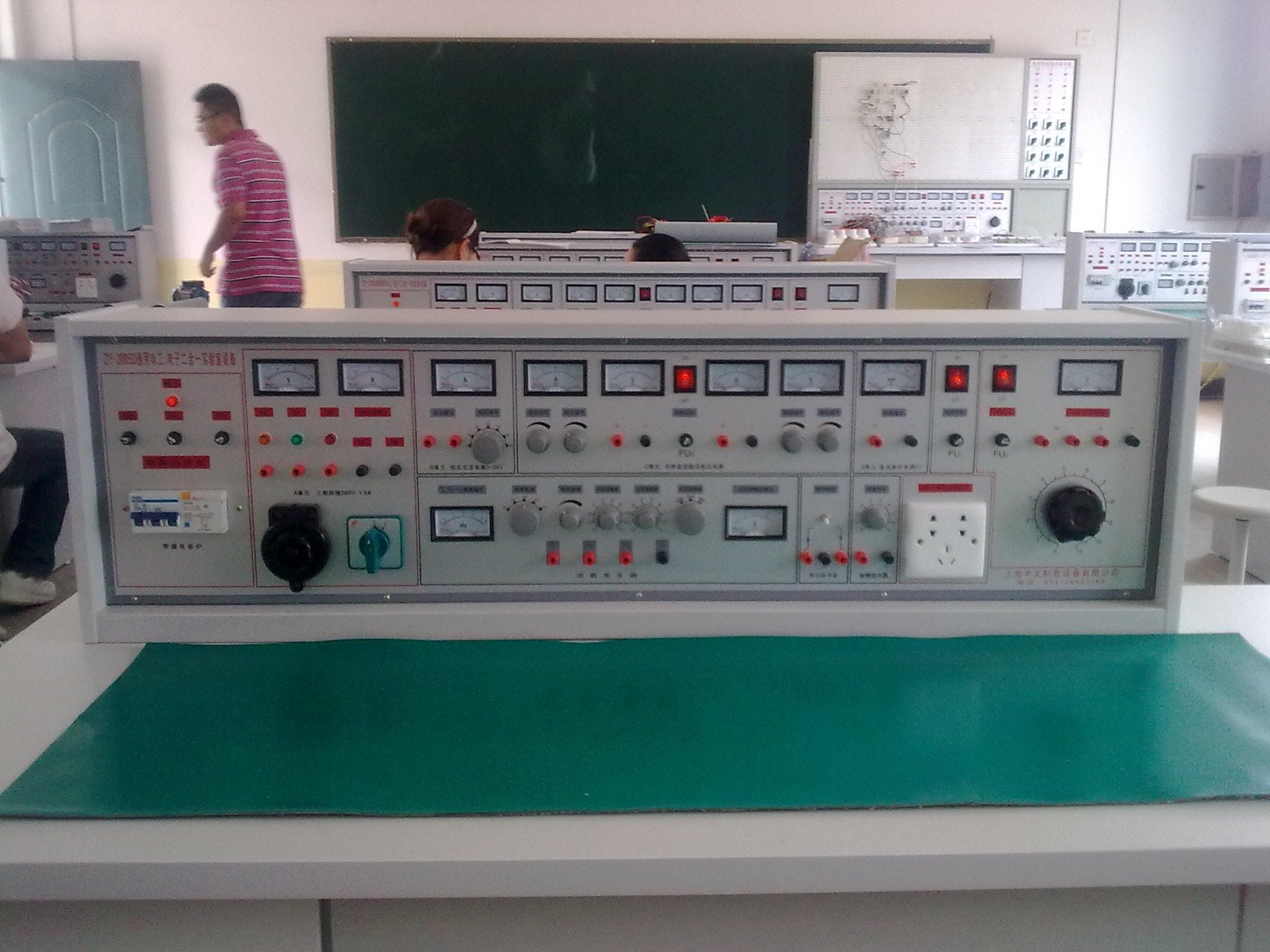 通用电工,电子,电力拖动三合一实验室成套设备